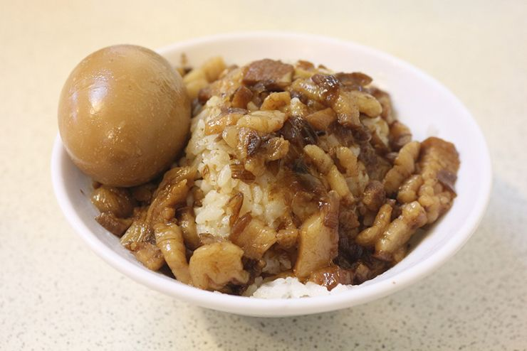 台北・西門「三代魚翅肉焿魯肉飯」の魯肉飯