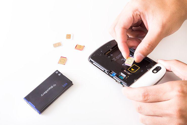 simフリースマートフォンのカード交換
