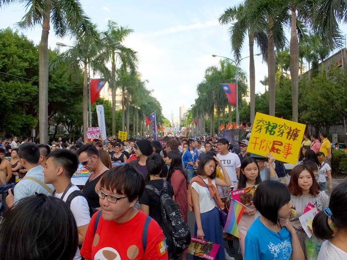 7万人のパレード参加者