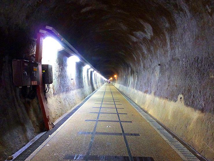 台北・福隆にあるトンネルの内部