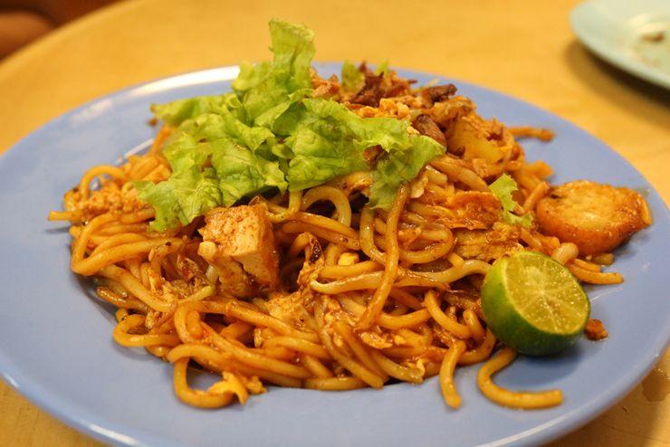 マレーシアのマレー系料理「ミーゴレン」