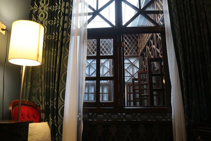 マレーシア・ジョージタウンのゲストハウス「Carnarvon House」Kimberlyルームの窓