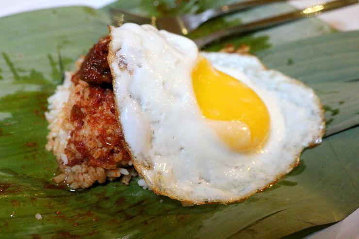 マレーシア・ジョージタウンのゲストハウス「Carnarvon House」の朝食:ナシレマ