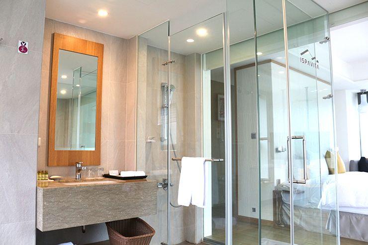 宜蘭・礁溪の温泉宿「ISPAVITA」山邊房のシャワールーム