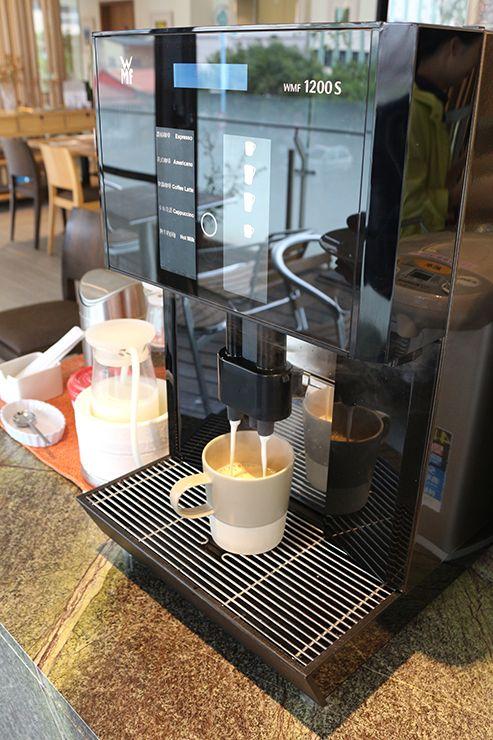 宜蘭・礁溪の温泉宿「ISPAVITA」のコーヒーマシン