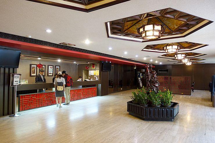 台北・北投温泉「熱海大飯店」のロビー