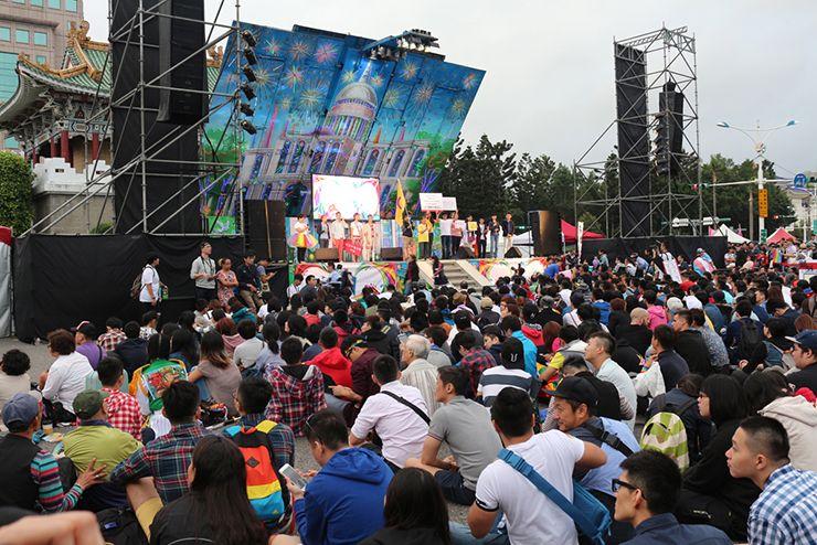 台灣同志遊行(台湾LGBTプライド)2015のイベントステージ