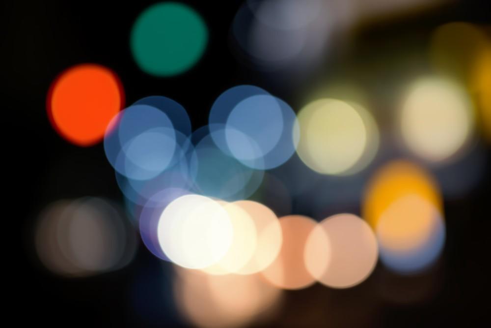 夜の街のライト