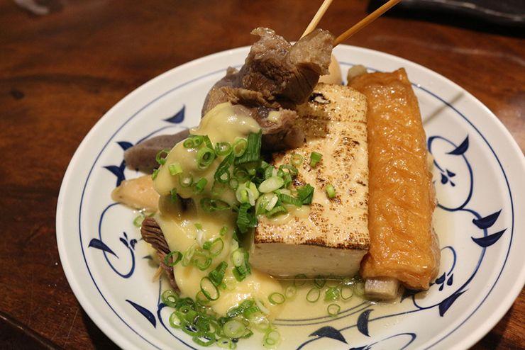 香川の讃岐うどんの老舗「山田屋」のおでん盛り合わせ
