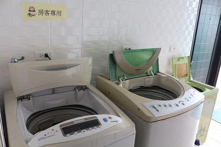 台南のビジネスホテル「碳佐麻里商務旅店」の洗濯機