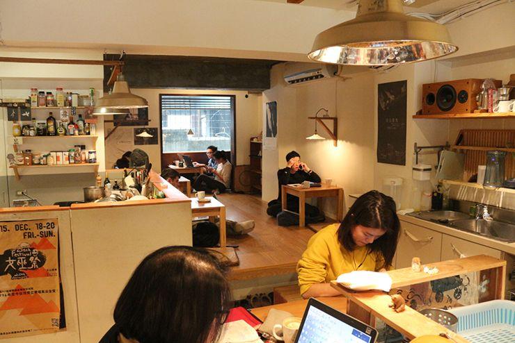 台北・台電大樓のカフェ「喜鵲咖啡 Pica Pica Cafe」のお座敷席