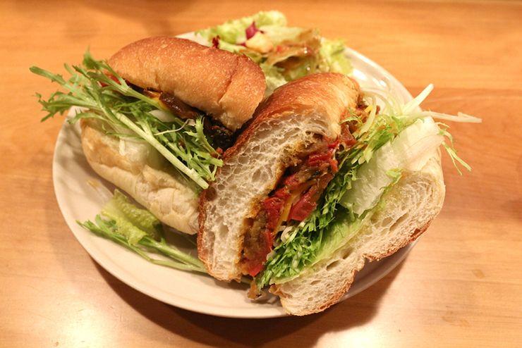 台北・台電大樓のカフェ「喜鵲咖啡 Pica Pica Cafe」のPica Pica 潛艇堡(法式家鄉燉菜)
