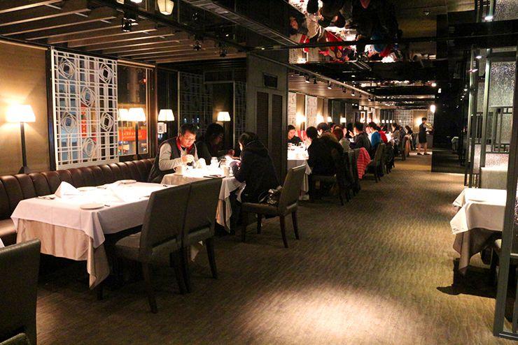 台湾の高級ステーキチェーン「王品 Wang Steak」の店内