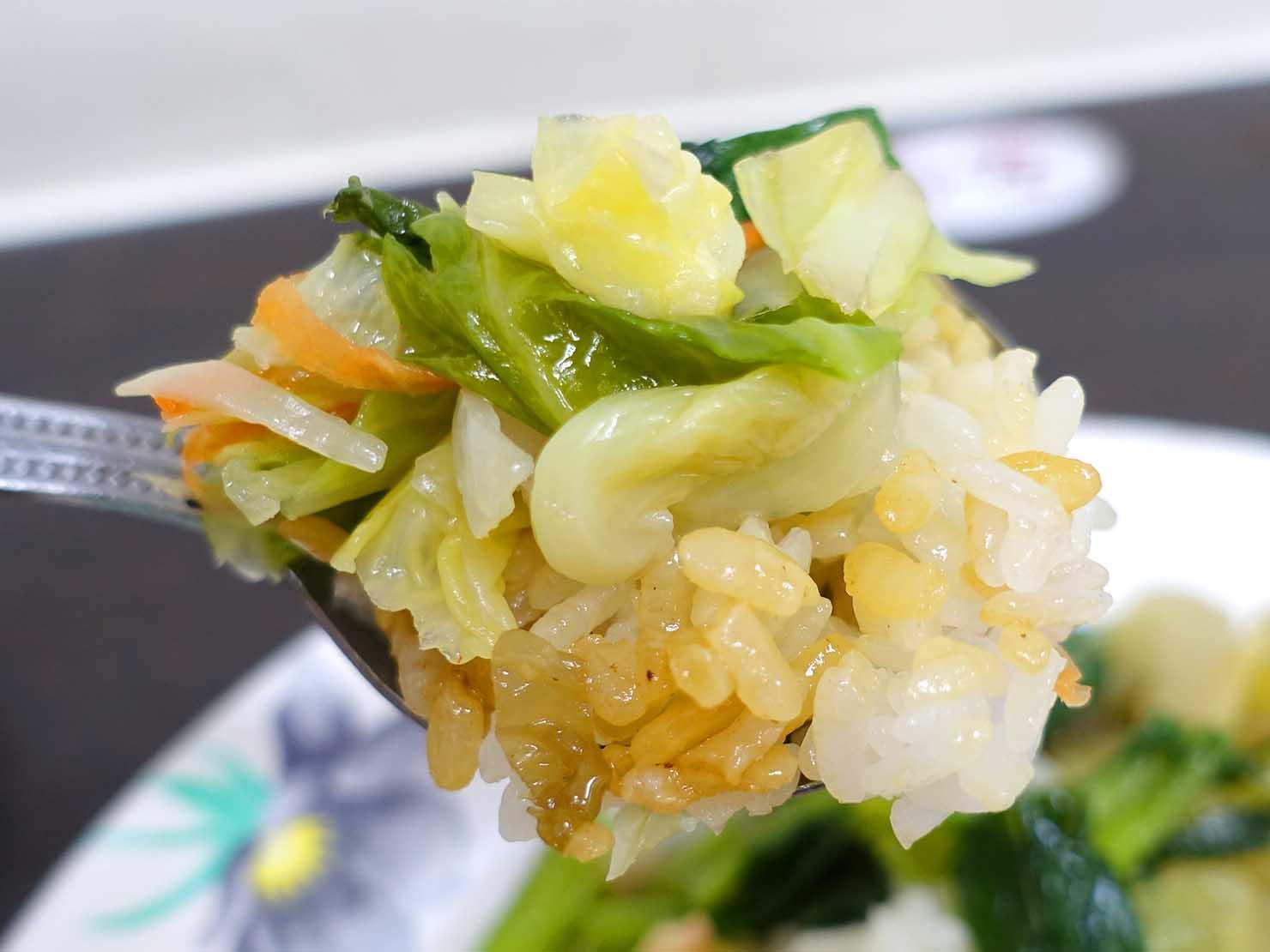 台北・西門町のおすすめグルメ店「金滿園排骨」のごはんクローズアップ