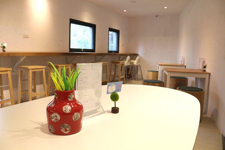 宜蘭・礁溪温泉「蔥澡 Hot Spring Onion」のカフェスペース