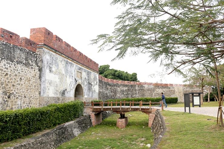 高雄・左營「鳳山舊城」の入り口
