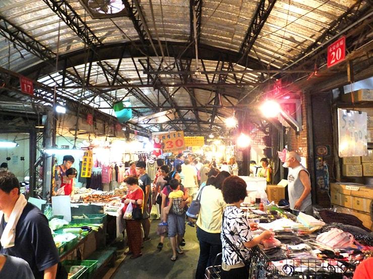 台北・永安市場にある台湾伝統市場「永安市場」の内部