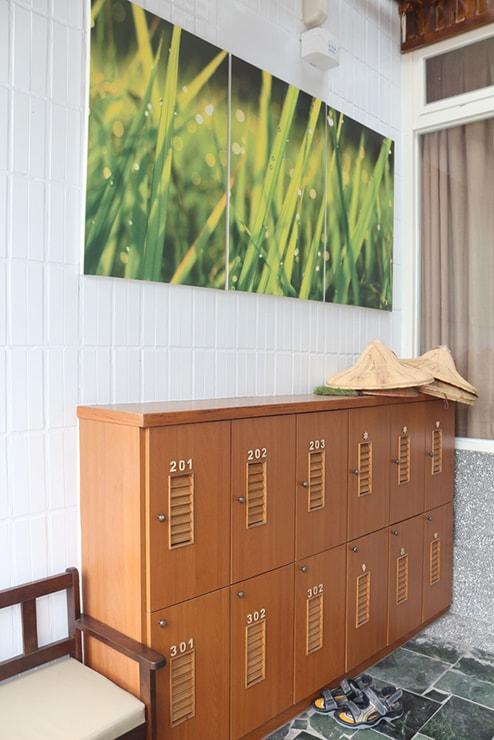 台東・池上のおしゃれゲストハウス「曬穀場 Buda Banai」の靴置き場
