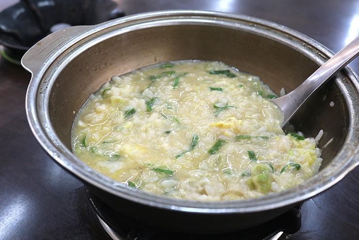 台北・永安市場「青葉小火鍋」の雑炊
