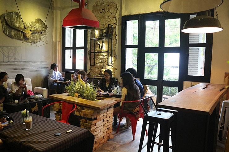 ベトナム・ホーチミンのおしゃれカフェ