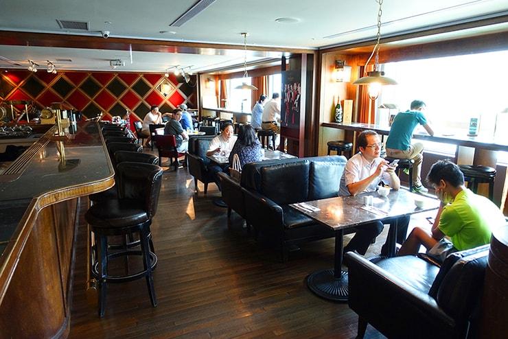 台北・信義區のLGBTフレンドリーホテル「home hotel」内のバー「Marsalis Home Taipei」のモーニング