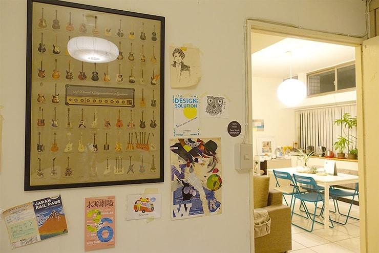 ゲイ向けairbnb「misterbnb」で予約したVhouseダブルルームの壁