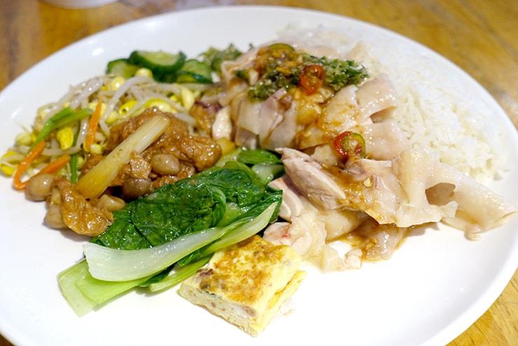 台北・南京復興「慶城海南雞飯」の海南雞飯2號餐