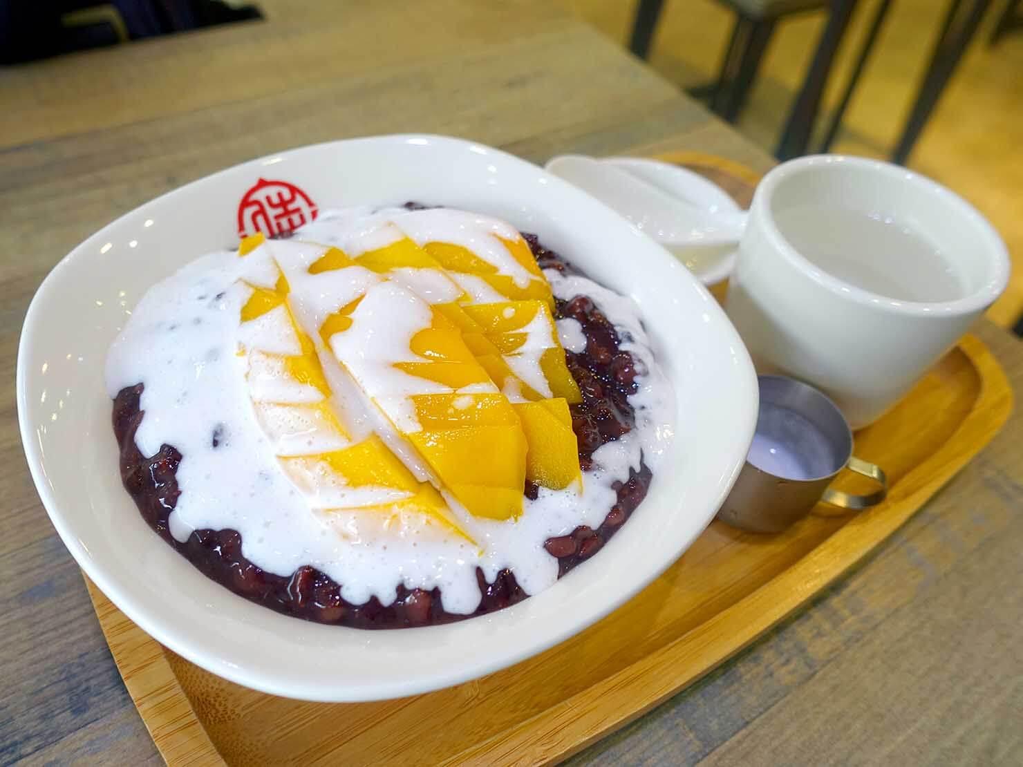 台北・南京復興駅周辺のおすすめグルメ店「滿哥甜品坊」の芒果黑糯米