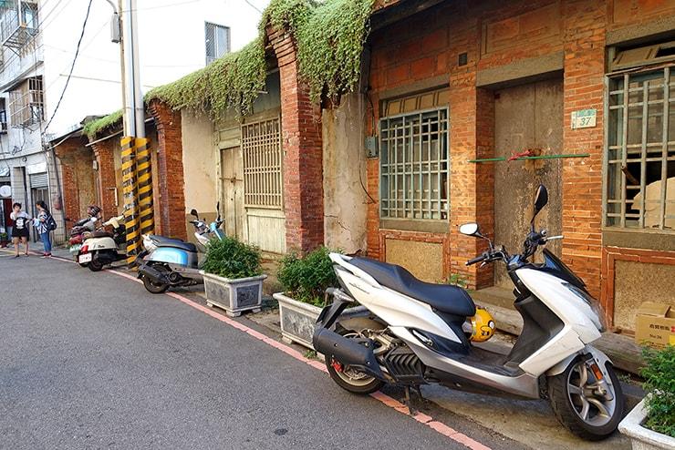台北・淡水の路地裏に残る昔ながらの民家