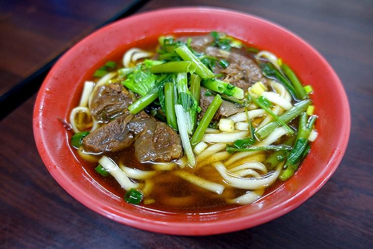 台北・大安「范姜川味牛肉麵」の牛肉麵
