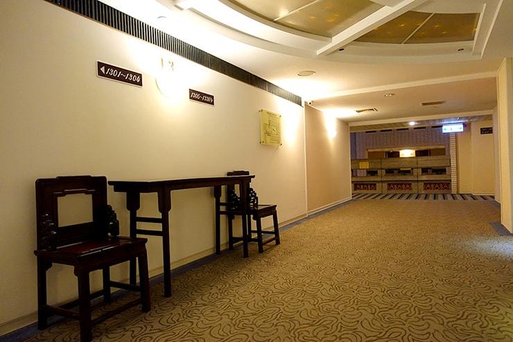 新竹の豪華ビジネスホテル「新竹福泰商務飯店 Forte Hotel Hsinchu」のエレベーターホール