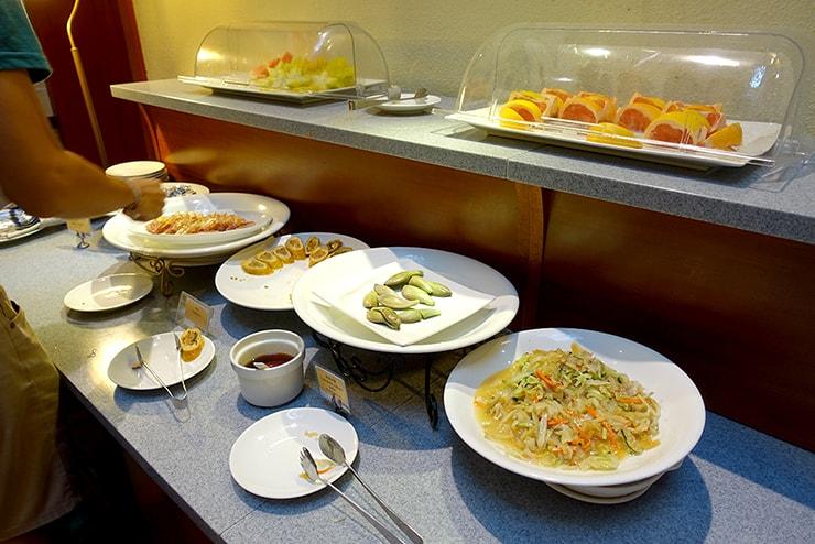 新竹の豪華ビジネスホテル「新竹福泰商務飯店 Forte Hotel Hsinchu」の朝食バイキング(中華)