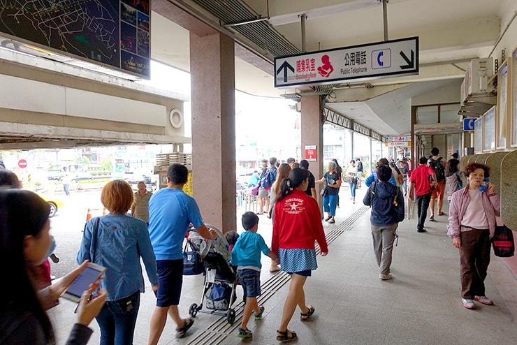 台鐵(台湾鉄道)新竹駅の出口