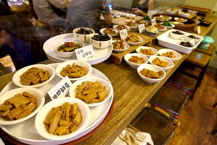 台北・大安「餃子樂」の小菜(小皿メニュー)