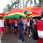 台灣同志遊行(台湾LGBTプライド)2016に登場した巨大レインボーフラッグ