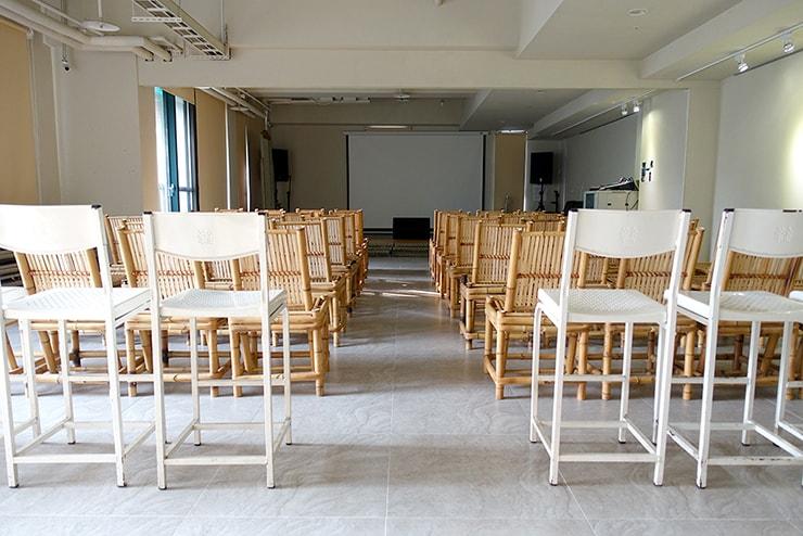 高雄・鹽埕埔の海が見えるロケーション最高のLGBTフレンドリーホテル「塩旅社 Hotel Yam」のイベントスペース