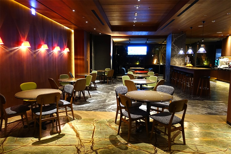 台中駅近くのおしゃれホテル「薆悅酒店 *inhouse hotel(台中館)」のカフェテリア