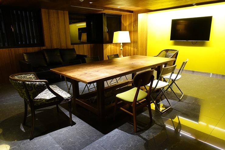 台中駅近くのおしゃれホテル「薆悅酒店 *inhouse hotel(台中館)」の会議室