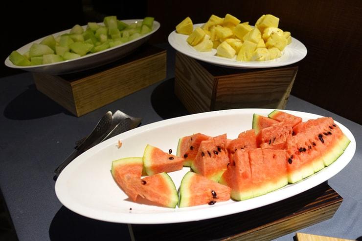 台中駅近くのおしゃれホテル「薆悅酒店 *inhouse hotel(台中館)」の朝食バイキング(フルーツ)