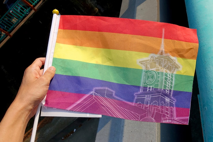 台中同志遊行(台中LGBTプライド)2016パレードでもらった台中オリジナルレインボーフラッグ