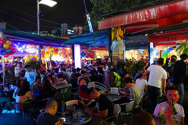 台北・西門町2016-2017カウントダウン時のオープンカフェ