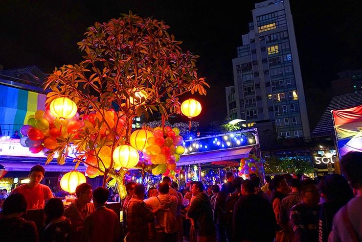 台北・西門町2016-2017カウントダウンの会場「西門紅樓」に飾られた赤提灯