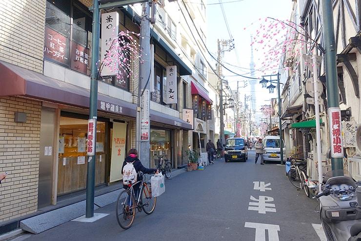 東京・浅草の街並み