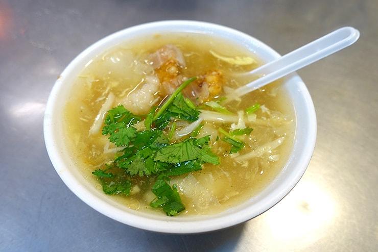 台北・楽華夜市「阿國蝦仁焿」の蝦仁焿