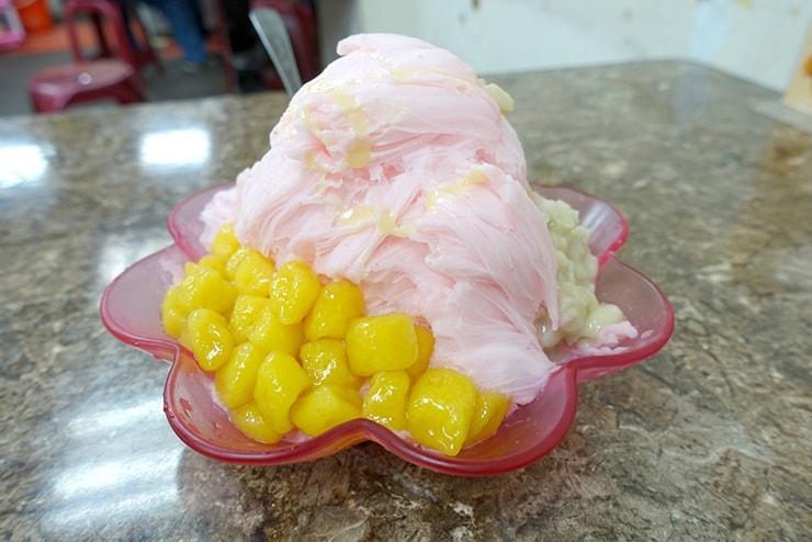 台北・臨江街夜市「冰世界」の草莓雪花