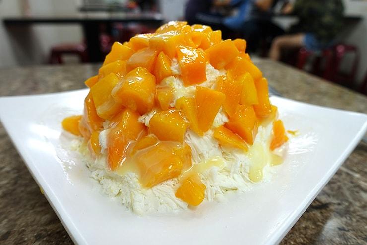 台北・臨江街夜市「冰世界」のマンゴーかき氷