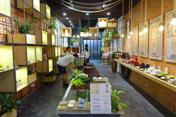 台北・迪化街の石鹸屋さん「大春煉皂」の店内