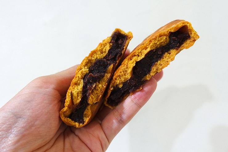 台北・迪化街近隣のお菓子屋さん「十字軒糕餅舖」の黑豆沙狀元餅