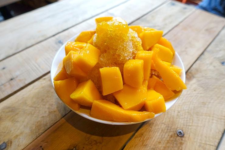 台北・迪化街のフルーツ専門店「豐味果品 fflavour」の芒果剉冰(マンゴーかき氷)
