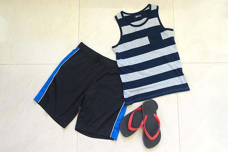 台湾男子の必須ファッションアイテム「タンクトップ」「ハーフパンツ」「ビーチサンダル」